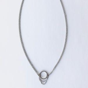 Jewelry - NWT! Circle Pendant Choker Necklace